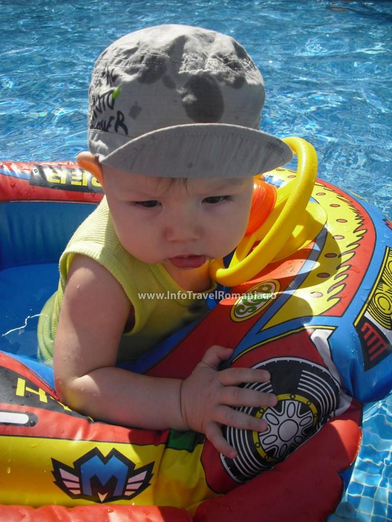 hotel26-piscina-exterioara-copii-hotel-sol-luna-bay