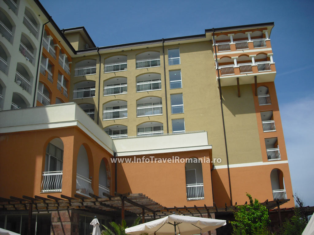 hotel42-vedere-hotel-sol-luna-bay