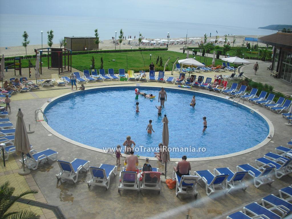 hotel4_piscina_copii_sol_luna_bay