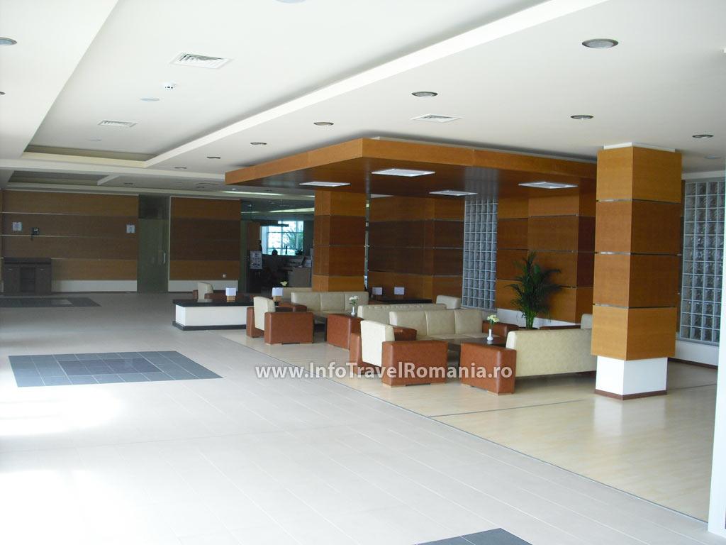 hotel5_lobby_sol_luna_bay