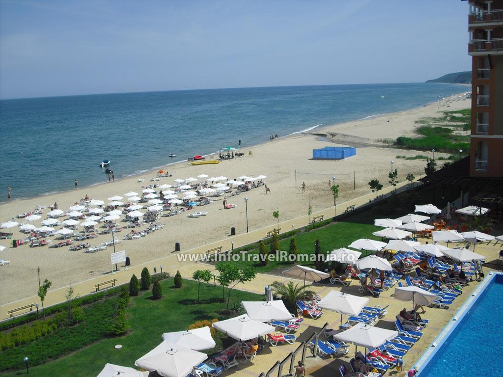 hotel68-vedere-terasa-plaja-sol-luna-bay
