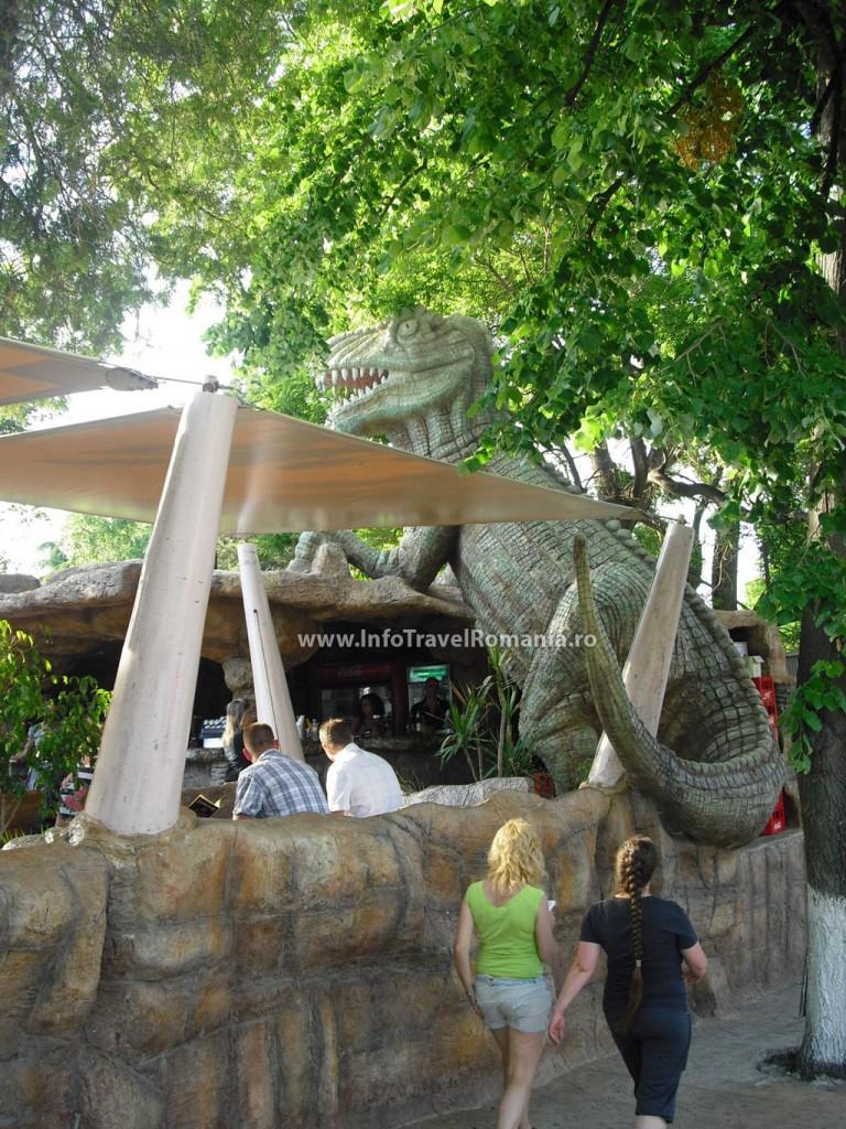 obzor5-restaurant-centru-dinozauri