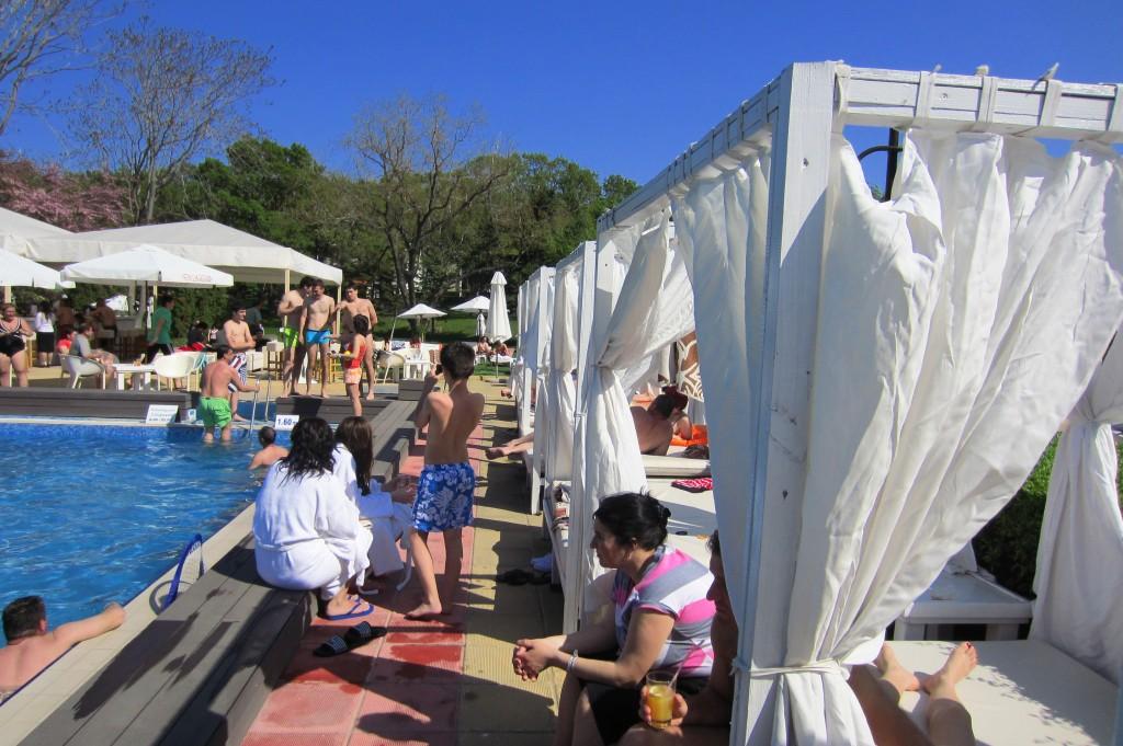 grand-hotel-varna-piscina-exterioara4