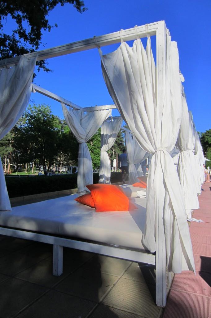grand-hotel-varna-piscina-exterioara8