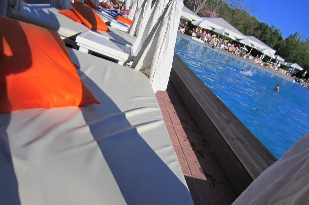 grand-hotel-varna-piscina-exterioara9