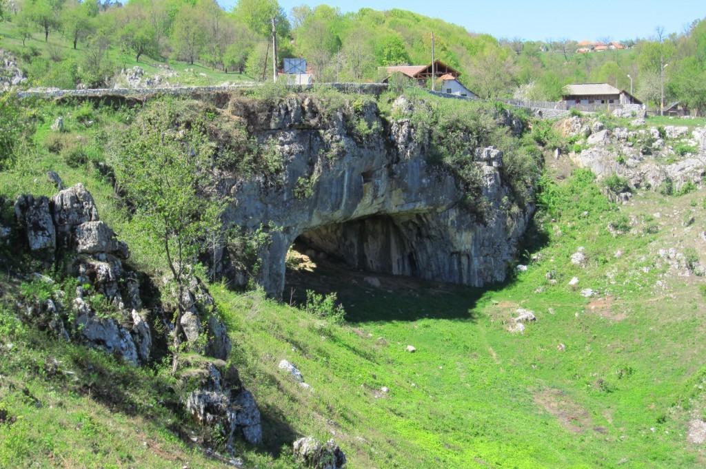 107-podul-lui-dumnezeu-ponoare-judetul-mehedinti
