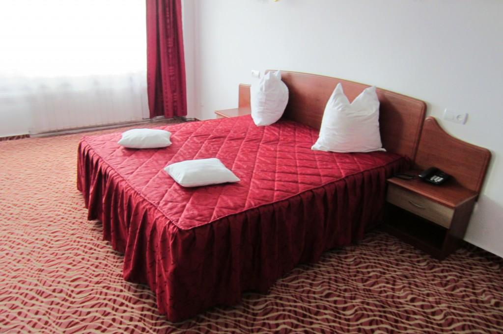 37-hotel-flora-camera-drobeta-turnu-severin