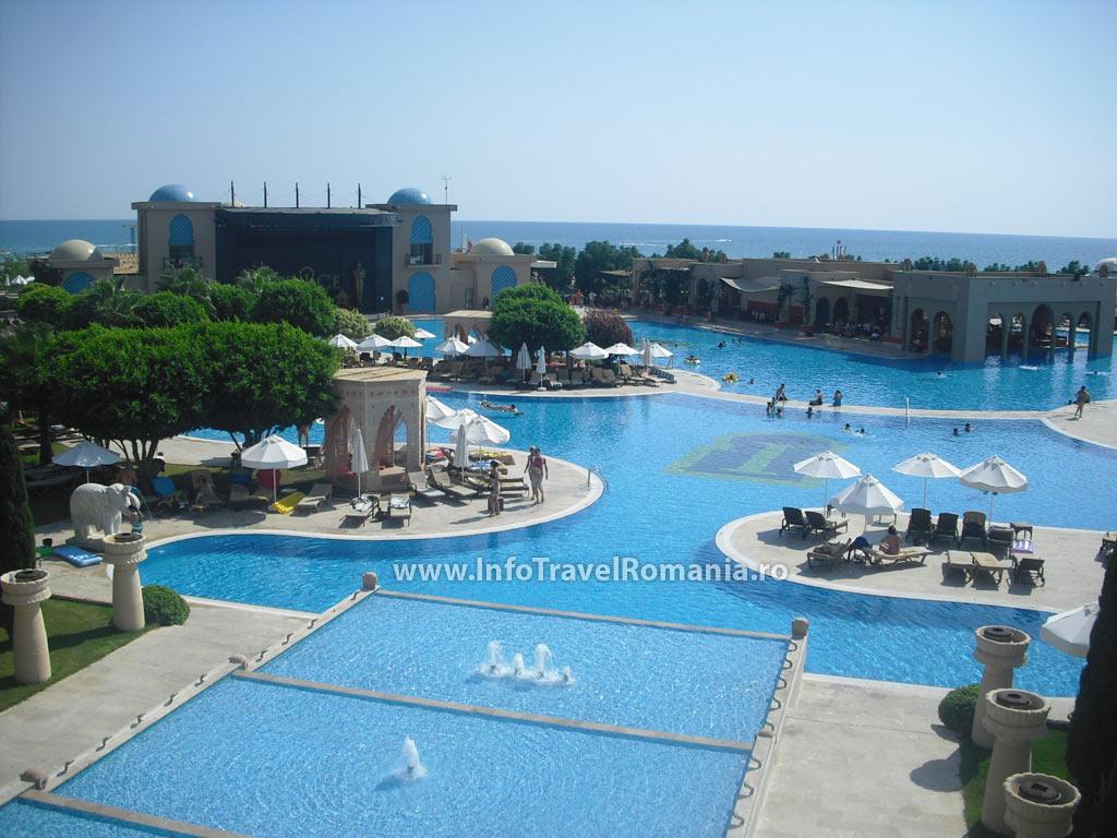 Fotografii hotel spice 5 antalya turcia fotografii for Hotel cu piscina