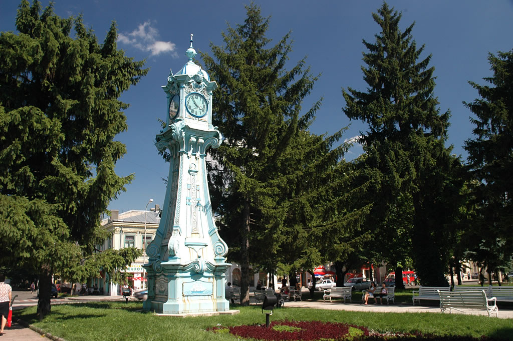 http://www.infotravelromania.ro/foto/braila/braila%201.jpg