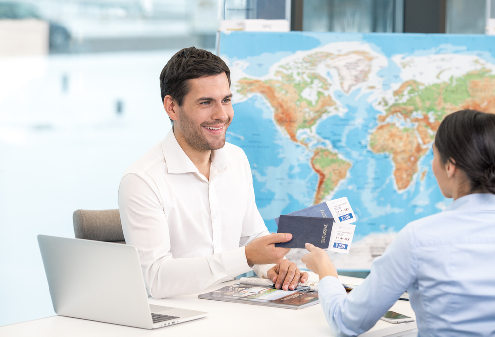 Jumbo Travel angajeaza agent de turism