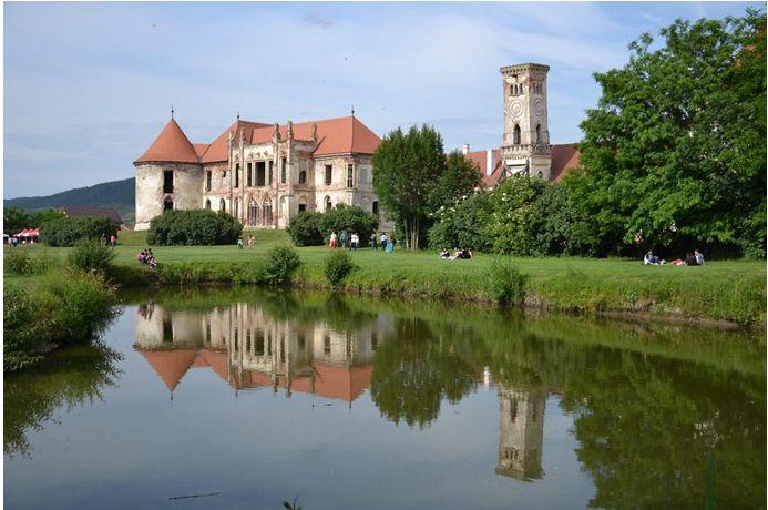Echipa Castle Break invită publicul din România pe urmele patrimoniului!