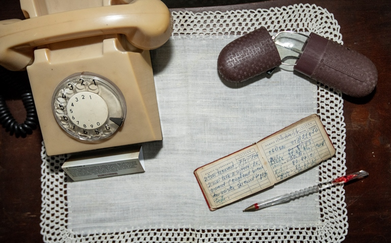 S-a lansat Ferestroika primul muzeu privat despre viata de familie in comunism