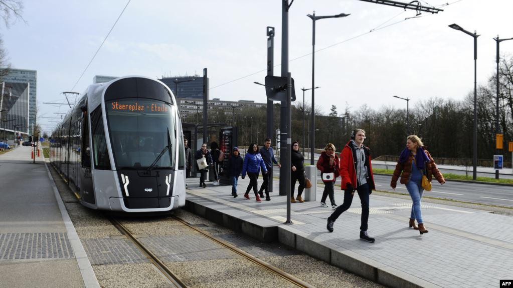 Luxemburg a devenit prima tara din lume cu transport public gratuit