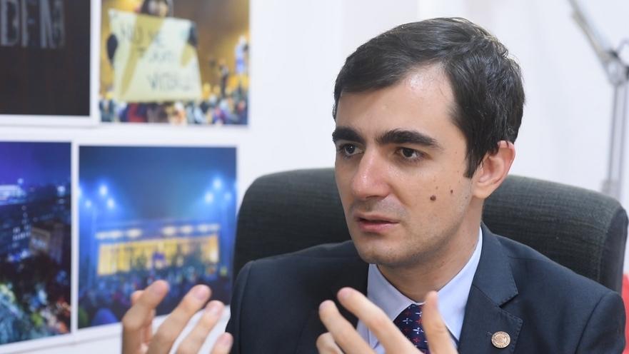 Cine este Claudiu Năsui?