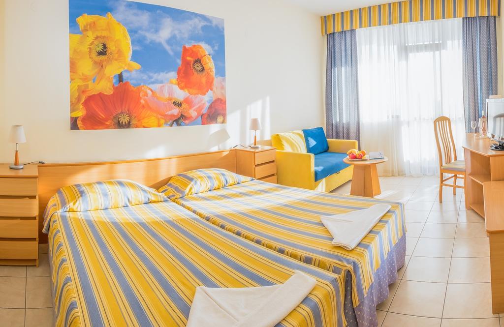 Hotel Lebed Constantin si Elena 2