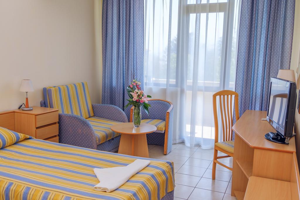 Hotel Lebed Constantin si Elena 3