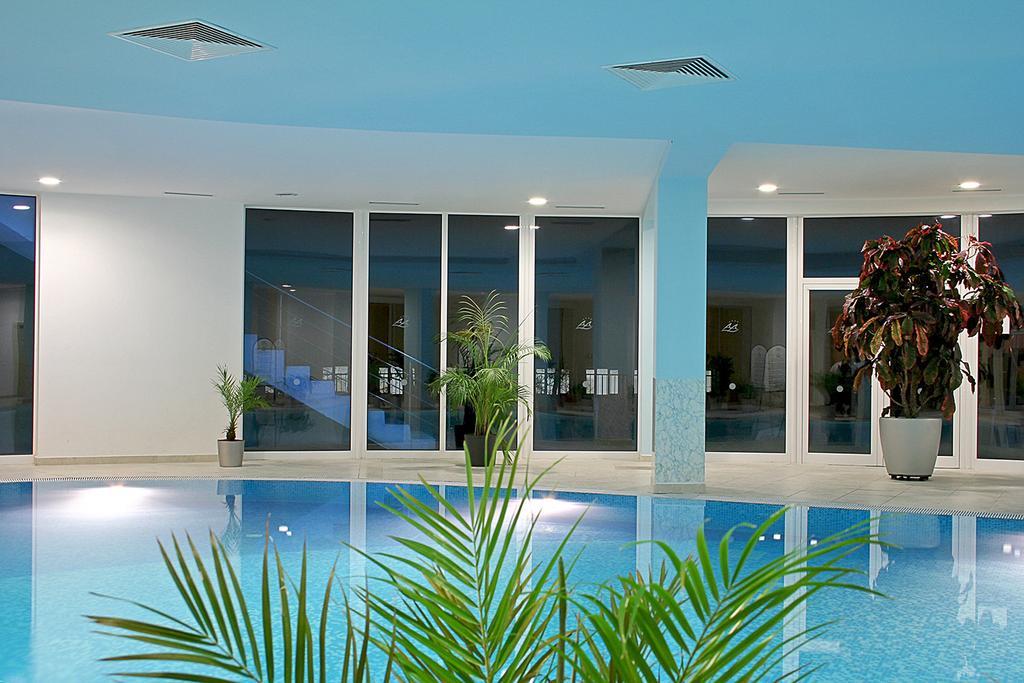 Hotel Aqua Azur Constantin si Elena 4