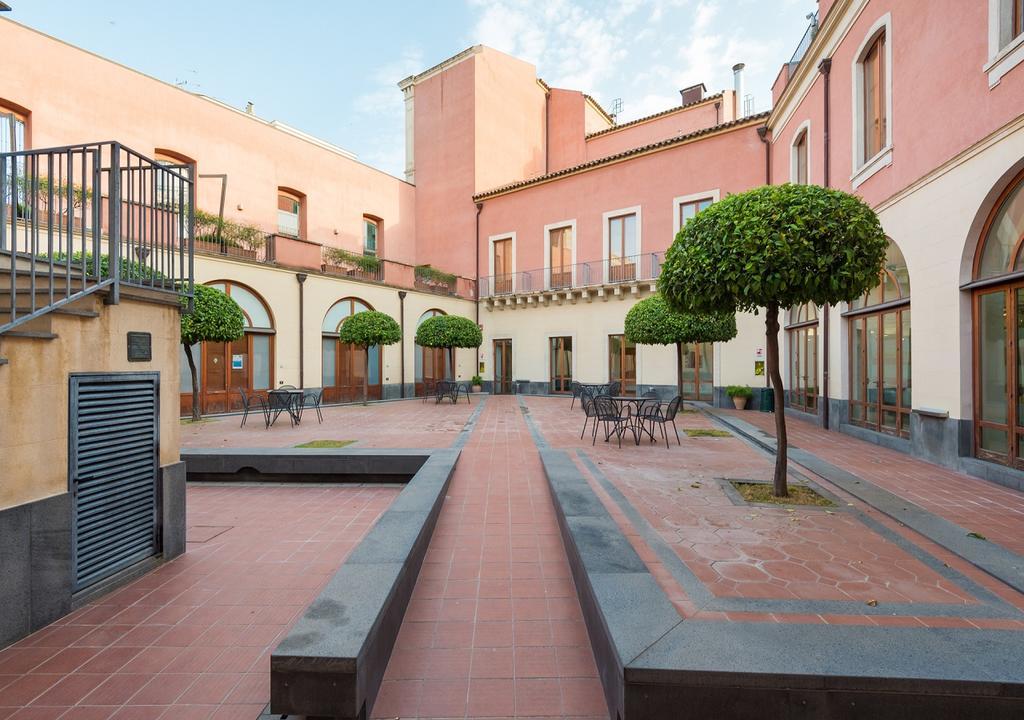 Pensiunea Camplus Guest House Catania 7