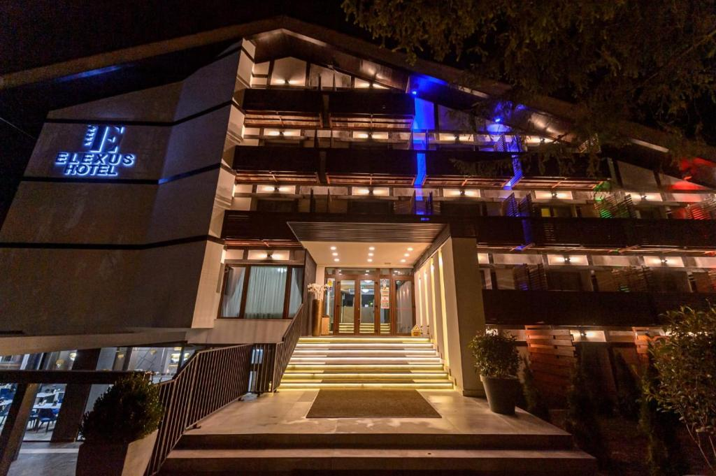 Hotel Elexus Predeal 1