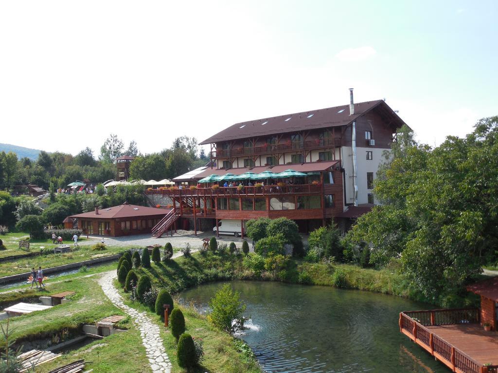 Hotel Pastravaria Albota Sibiu 1