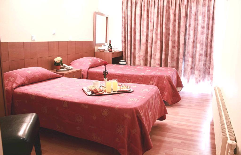 Hotel Aristoteles Atena 4