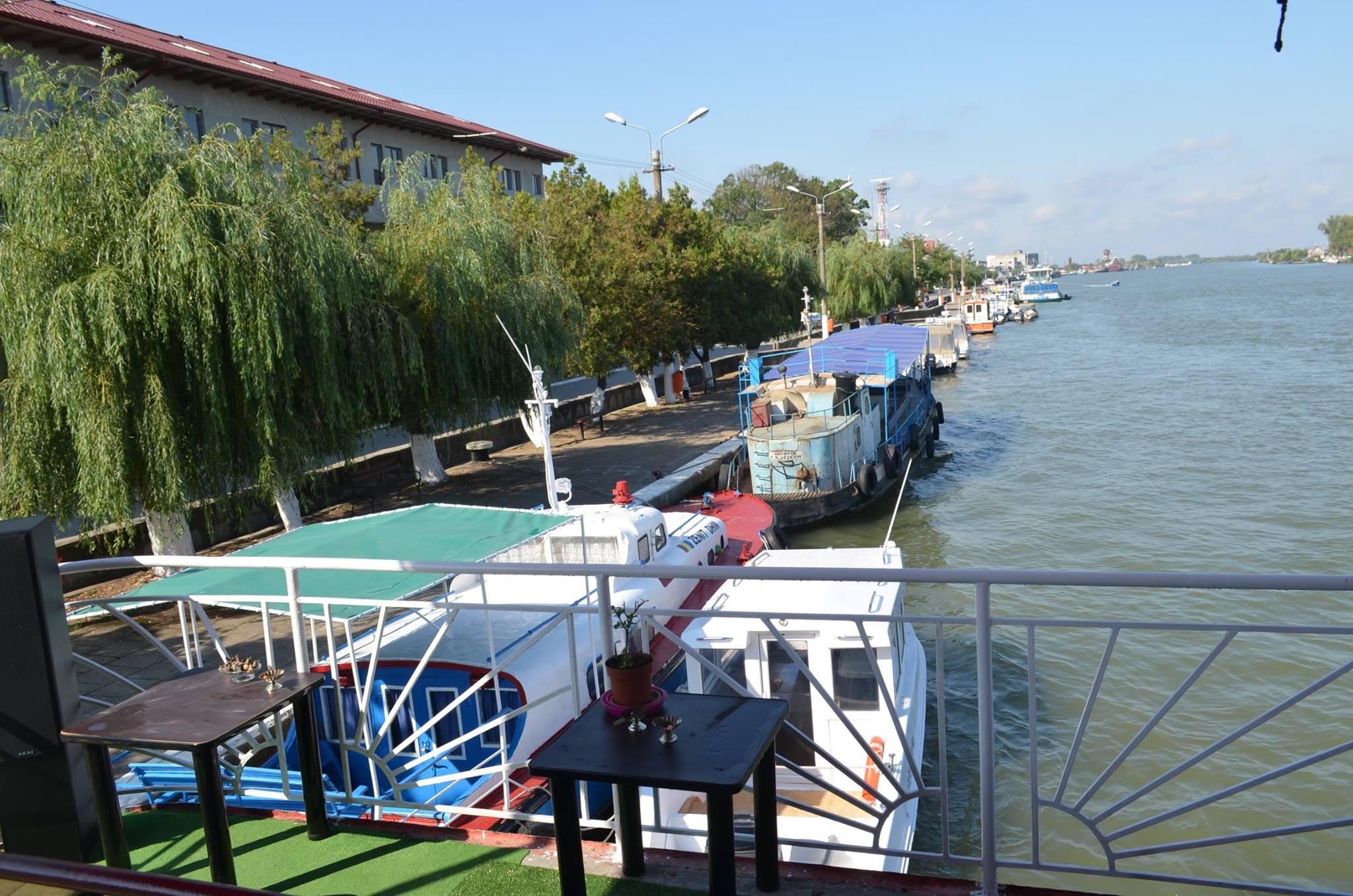 Hotel Plutitor Sfantul Constantin Sulina 3