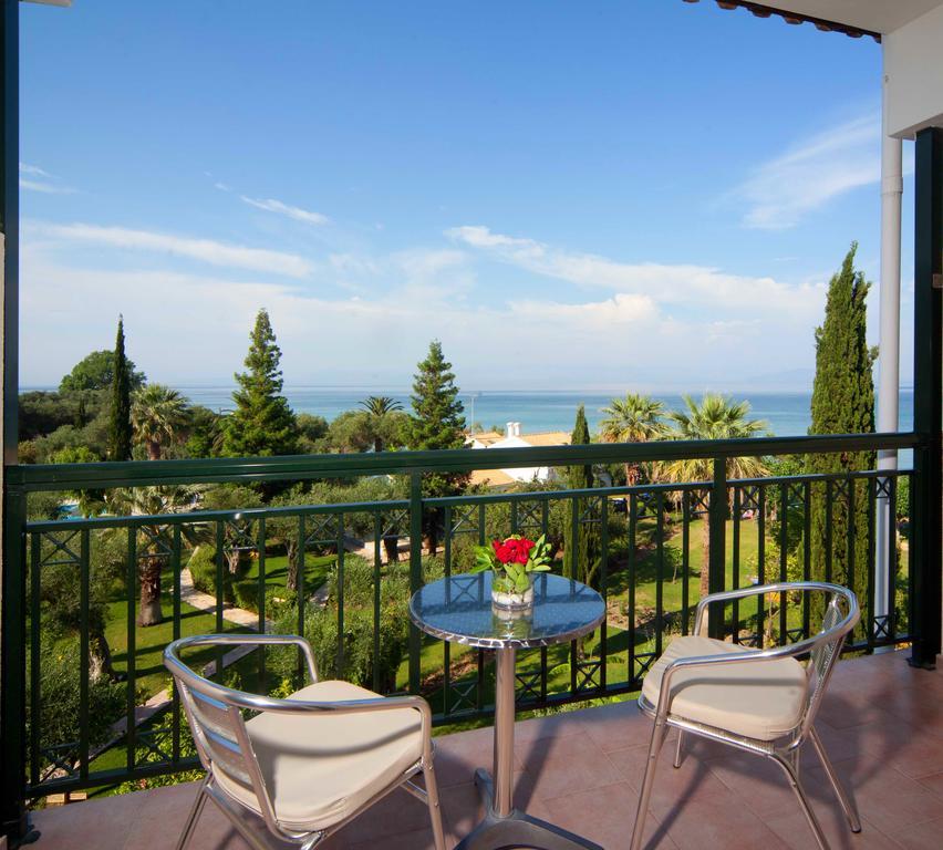 Hotel Delfinia Corfu 4
