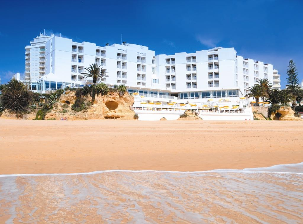 Hotel Holiday Inn Algarve Armacao de Pera 5