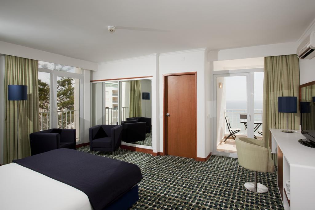 Hotel Holiday Inn Algarve Armacao de Pera 5