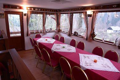Pensiunea New Aosta Garden Sinaia 3