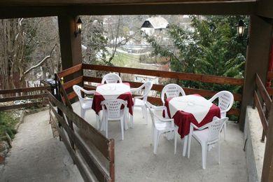 Pensiunea New Aosta Garden Sinaia 5