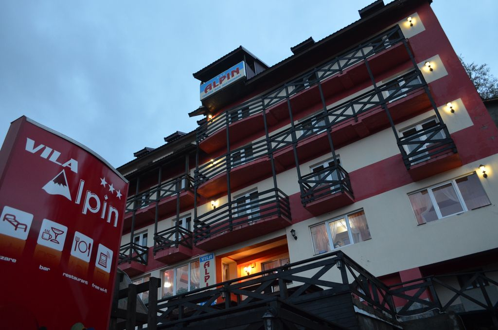Vila Alpin Straja 1