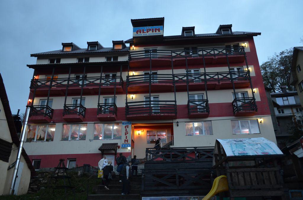 Vila Alpin Straja 2