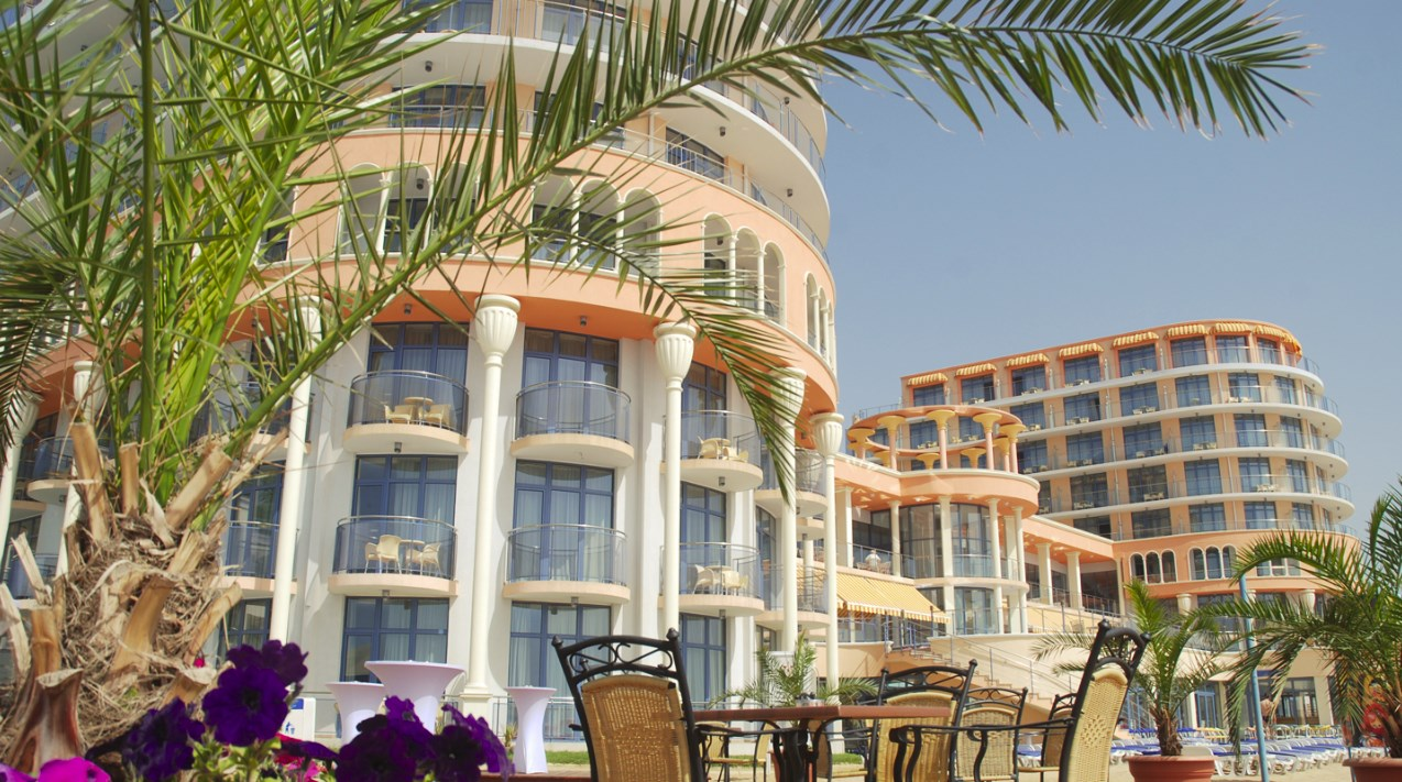 Hotel Azalia Constantin si Elena 5