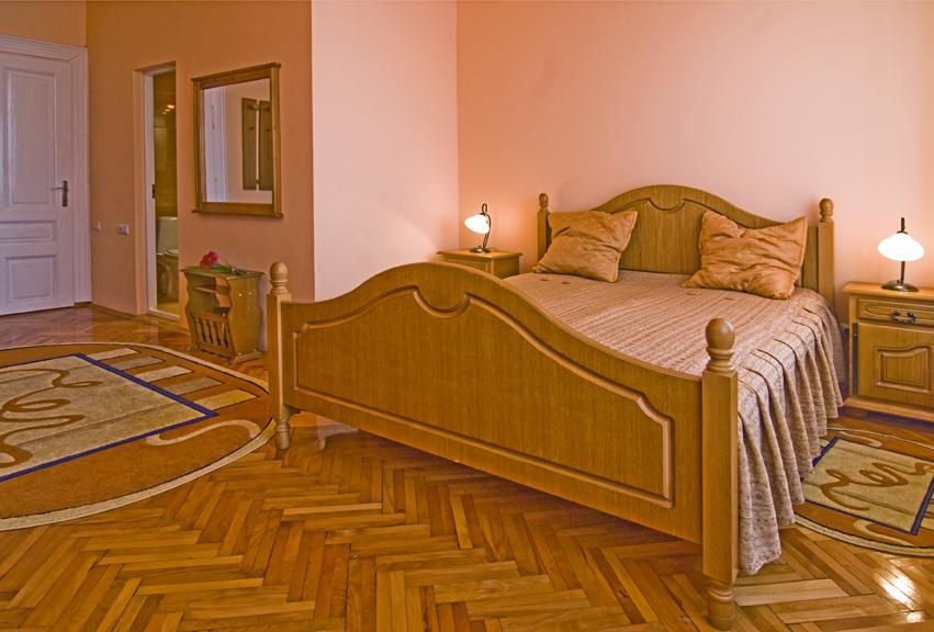 Hotel Marion Dumbraveni 2