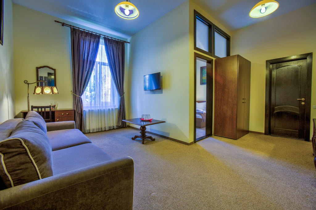Regim hotelier Ambient Brasov 8