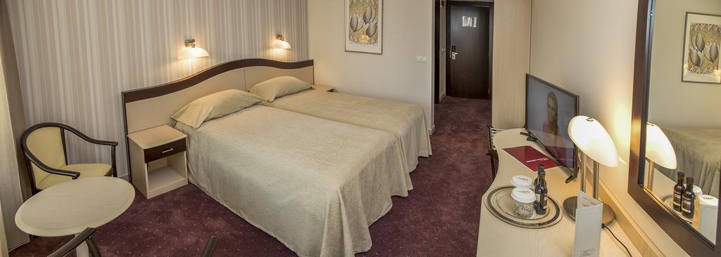 Hotel Caprioara Covasna 3
