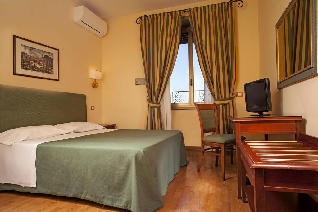 Hotel Colosseum Roma 8