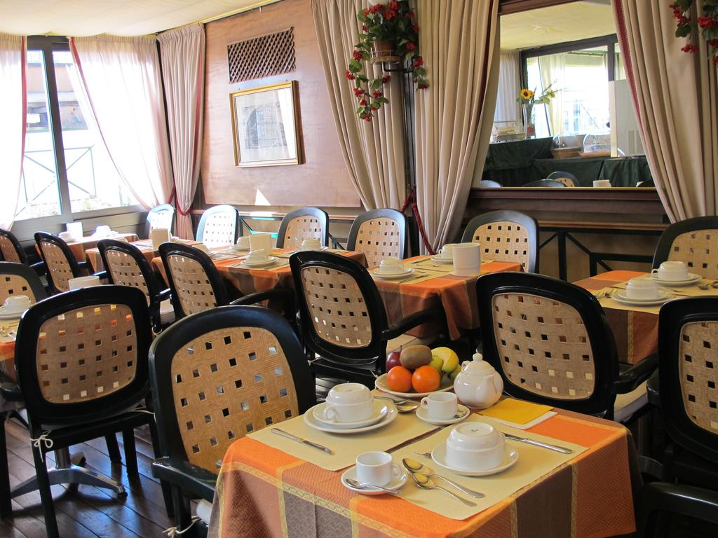 Hotel Apollo Roma 8