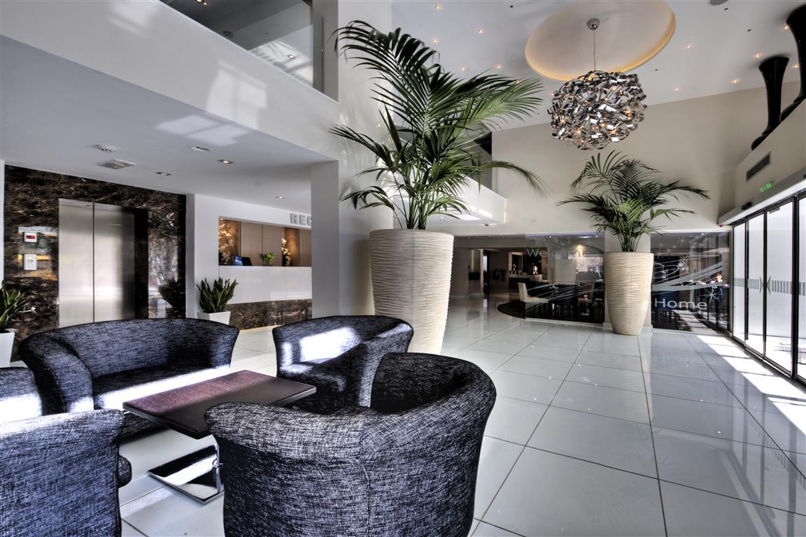 Hotel Livadhiotis Boutique Larnaca 3