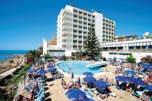 Hotel RIVIERA Santa Susana 4