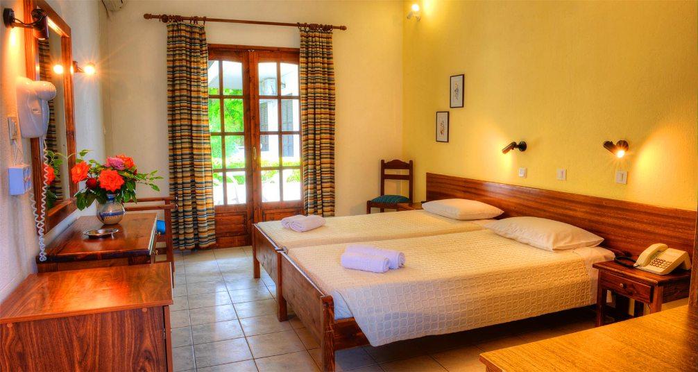 Hotel Philoxenia Bungalows Psakoudia 8